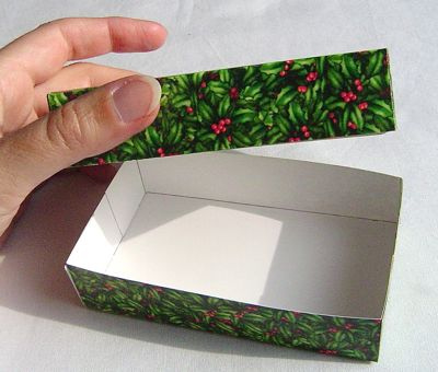 How to make a gift box from an old greeting card craftypod how to make a gift box from an old greeting card m4hsunfo